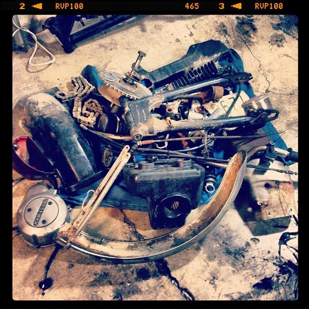 Oil13 Kawasaki Kz400 D4 Clasica Work Vintage Stuff
