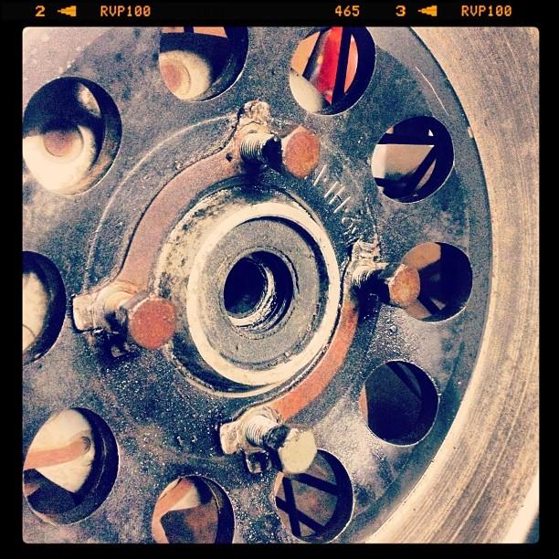 Oil13 Cafe & Racer Kz400 Disc Brake Disassembly 2