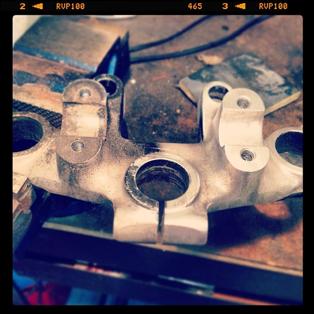 Oil13 Cafe & Racer kz400 Steam Head 0