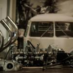 Oil13 - Vintage Garage Madrid Taller Details 2