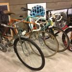 Oil13 - Deus ex Machina Milán - Bikes
