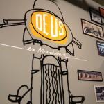 Oil13 - Deus ex Machina Milán - Logo Bike