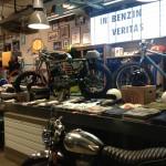Oil13 - Deus ex Machina Milán - Shop