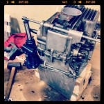 Oil13 – Kawasaki kz400 Abriendo el Motor 2