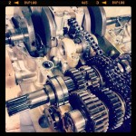 Oil13 – Kawasaki kz400 Abriendo el Motor 5
