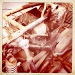 Oil13 Restaurando el Poderoso Jawa350 Con Sidecar en Nápoles_14