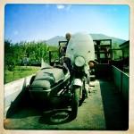 Oil13 Restaurando el Poderoso Jawa350 Con Sidecar en Nápoles_9