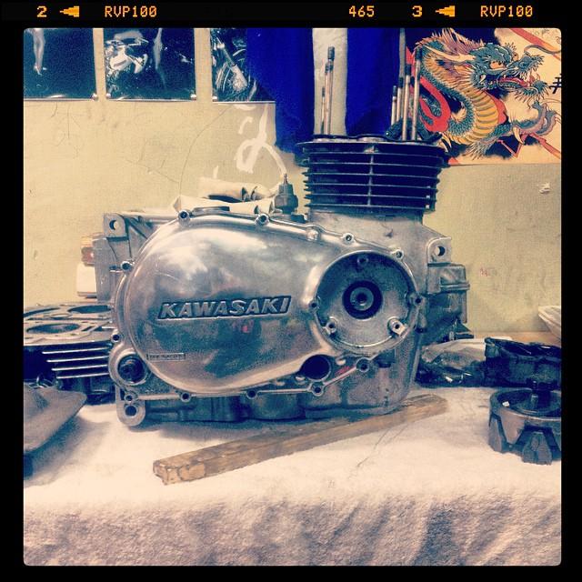 Oil13 – Kawasaki kz400 Restaurando el Motor_58