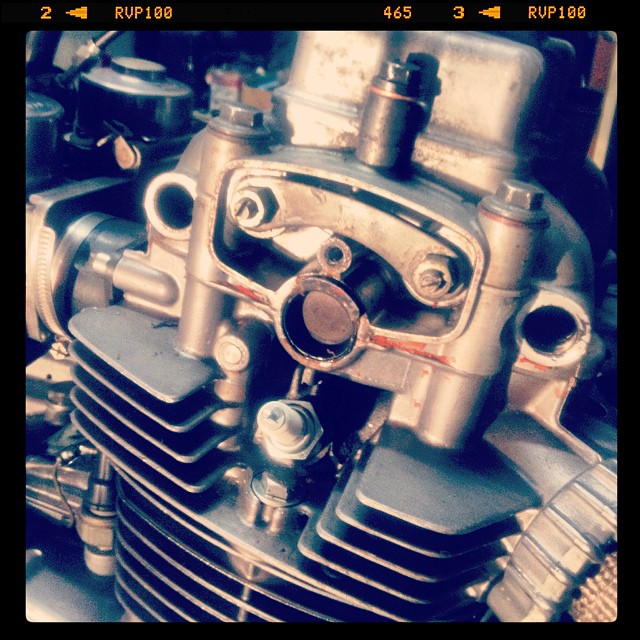 Oil13 – Kawasaki kz400 Valve Clearance & Much More_3